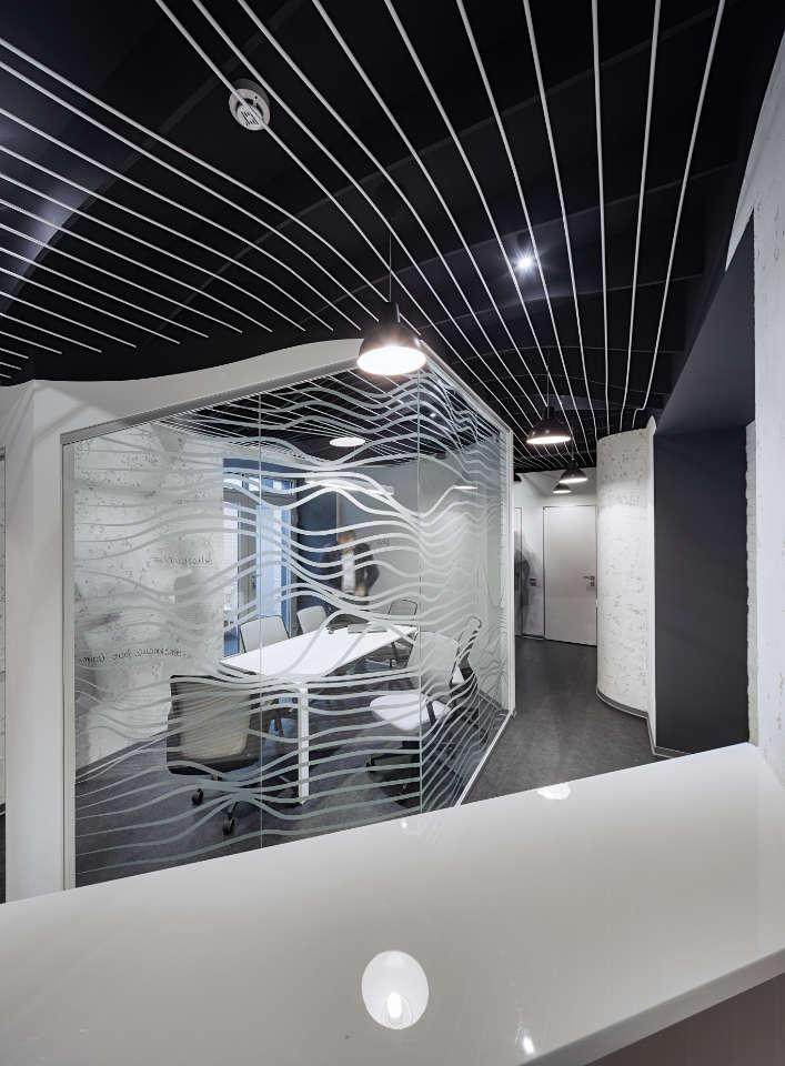 parametric office design meeting room