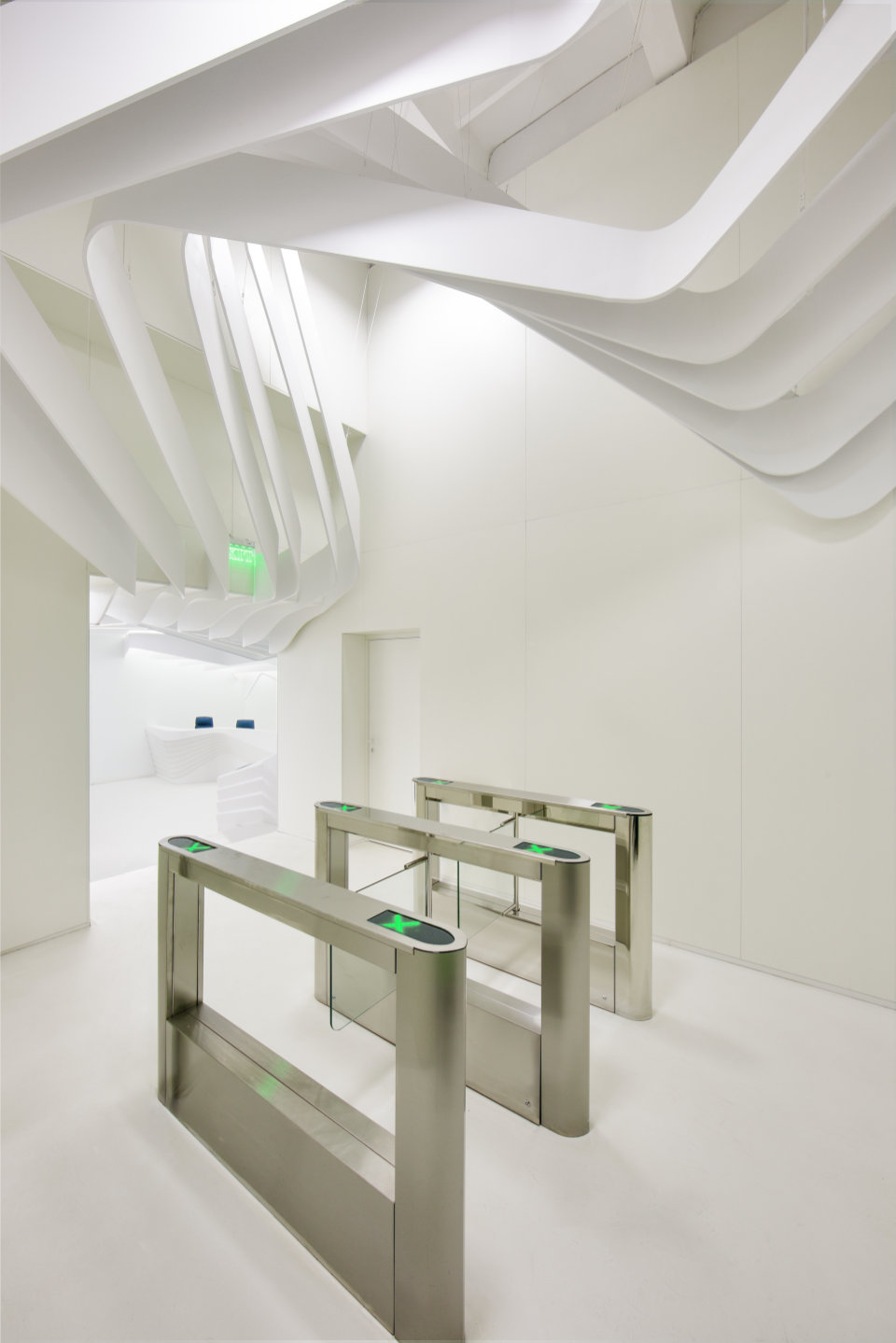 fluidity of reception and elevator hall spaces