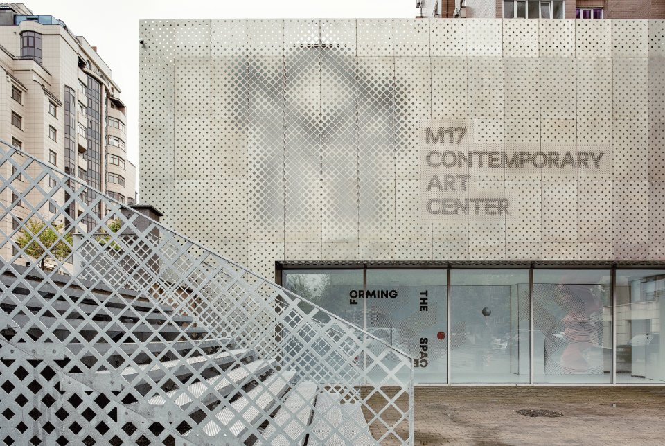 parametric facade with square pattern