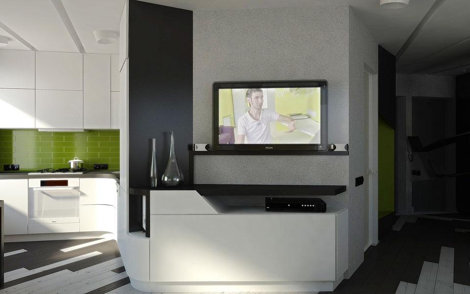 телевизор и кухня в квартире-студии