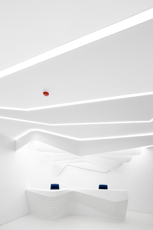 параметрична архітектура білого кольору