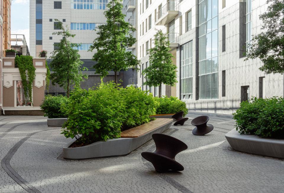 озеленення для офісної будівлі