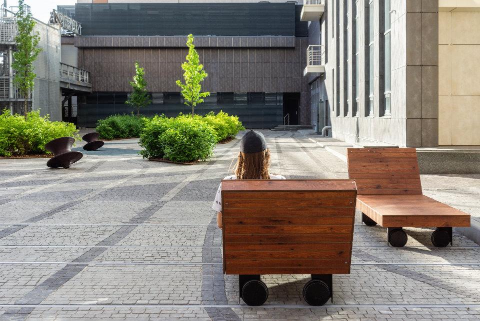 вуличні меблі київ